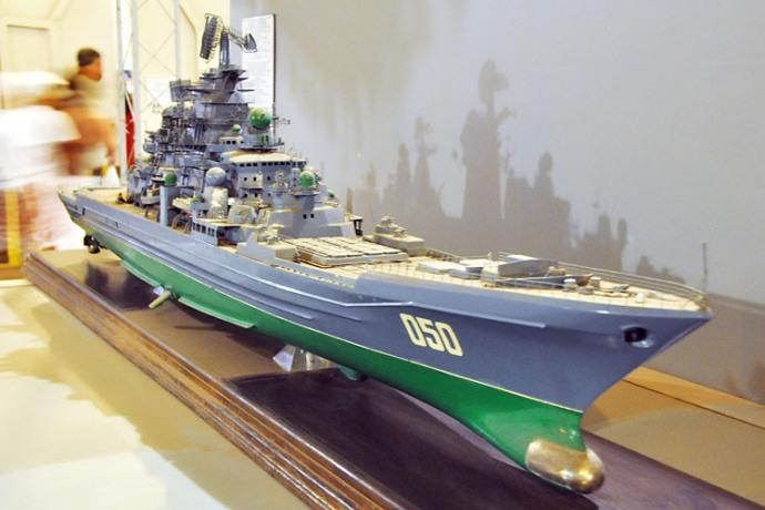 В экспозиции моделей кораблей