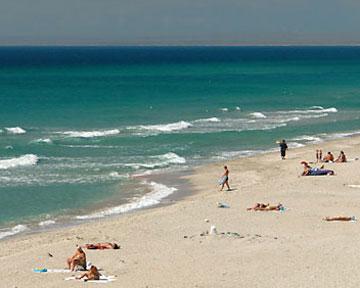 Центральный пляж сак — это золотистый